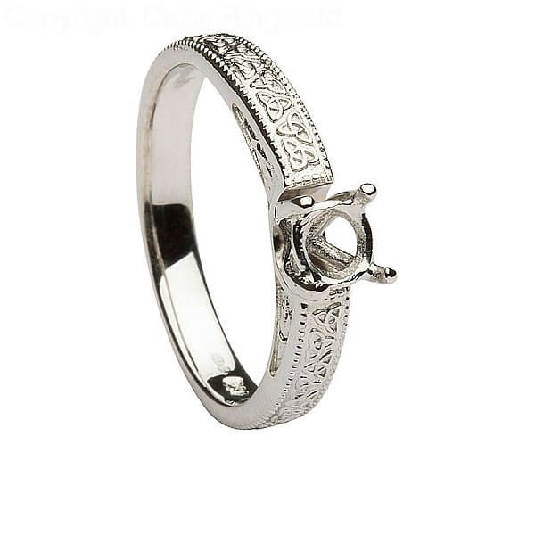 Engagement Rings Knot: Embossed Trinity Knot Engagement Ring With Solitaire Diamond