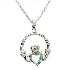 Silver Claddagh Pendant with Emerald