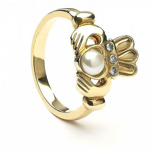 Bague Claddagh ancienne perle