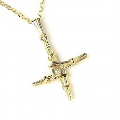 Small Brigid's Cross with Diamond - Yellow Gold