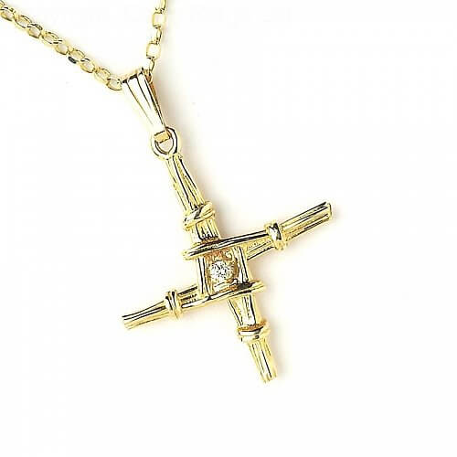 Small Brigid's Cross with Diamond - Yellow Gold