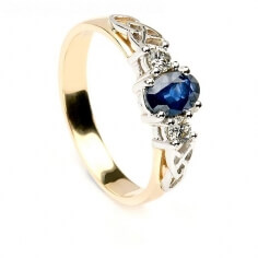 Bague de fiançailles en saphir et diamants
