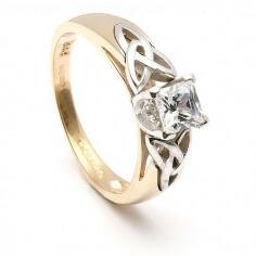 Bague de fiançailles en diamant princesse