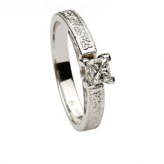 Trinity gaufrée diamant taille princesse
