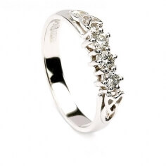 Trinity 3 Stone Engagement Ring