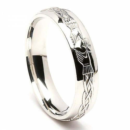 Mens Engraved Silver Claddagh Ring