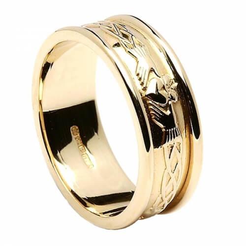 Gravierte Claddagh alles gelbe Gold