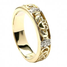 Women's Diamond Claddagh Wedding Ring - Yellow Gold