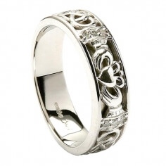 Womens Diamond Claddagh White Gold