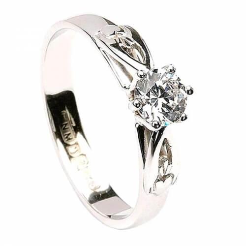 Bague de fiançailles classique Claddagh - Or blanc