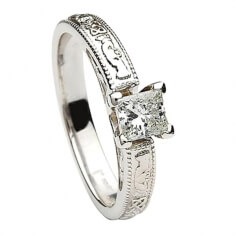 Claddagh Embossed Princess Cut Diamond