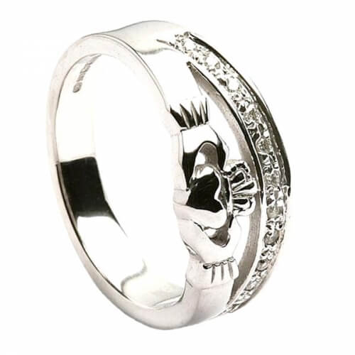 Claddagh Ring with Diamond Trim - Yellow Gold