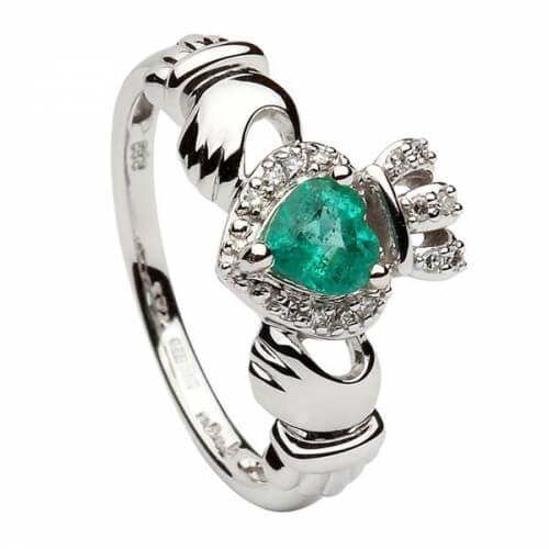 Claddagh Ring mit Smaragd - Weißes Gold