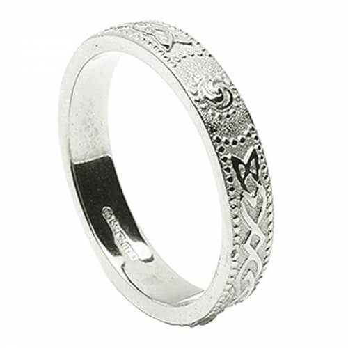 Womens Narrow Irish Wedding Ring - Silver