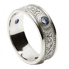 Keltisches Schild Ring mit Saphiren - Alles weißes Gold