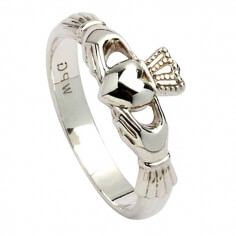 Womens New York Claddagh Ring - Silver