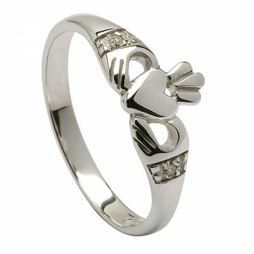 Moderner Weißgold Claddagh Ring