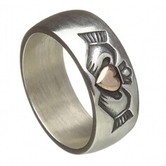 Antique Finish Claddagh Band
