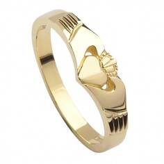 Modern Gold Claddagh Ring