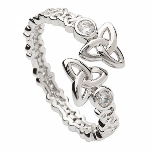 Trinity Knot Torc Ring