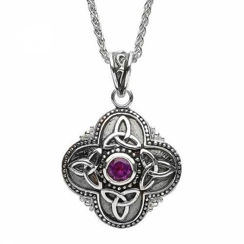 Small Tribal Trinity Necklace