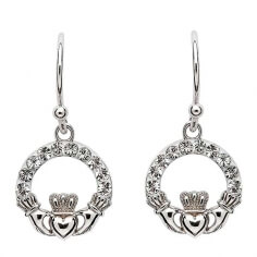 Claddagh Ohrringe mit weißen Kristallen
