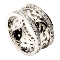 Celtic Knot Ring with Diamond Trim (C-732)