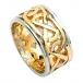 Bague de mariage large avec garniture celtique - Or jaune avec bordure blanche