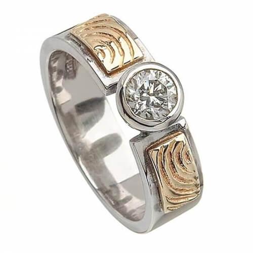 Gravierter keltischer Verlobungsring - 0,50 Karat Diamant