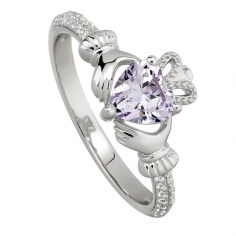 Juni Amethyst Claddagh Ring