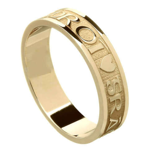 Women's Gaelic Wedding Ring - Yellow Gold