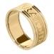 Herren Claddagh Ring Seelenfreund mit Trim - alles gelbe Gold