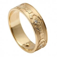 Women's Diamond Set Claddagh Wedding Band - Yellow Gold