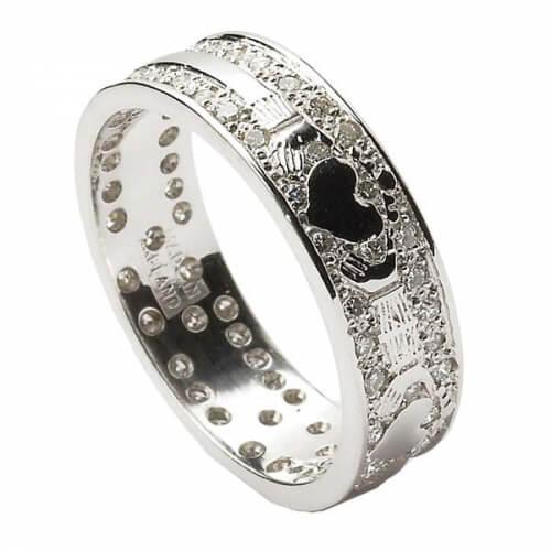 Diamantverkrustete Claddagh Ehering - 18 Karat Weißgold
