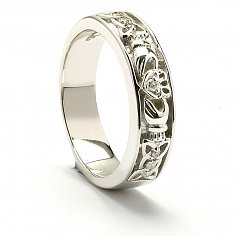 Fedelma Claddagh Wedding Ring